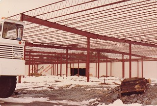 BUILDING JC PENNY AT THE THE HUDSON VALLEY MALL IN APRIL 1982