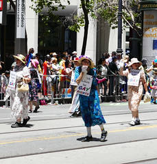 the 2018 san francisco pride parade, church ladies & gents for gay rights (nolehace) Tags: 2018 sanfrancisco pride parade 618 event summer nolehace fz1000 gay lgbtq lesbian people crowd churchladies churchladiesforgayrights