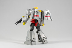 DSC07694 (KayOne73) Tags: iron factory legends scale transformers transformer robot toy figures 3rd party sony a7rii nikkor nikon 40mm micro macro lens dx