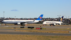 CHINA SOUTHERN (1/2) (Jungle Jack Movements (ferroequinologist)) Tags: china southern chinese sydney kingsford smith airport mascot botany bay guangzhou singapore a380 a330 323 airbus cz 326 34l 16r nsw new south wales australia fly flying flown trip passenger wing airborne rapid takeoff land touchdown jet airplane aeroplane aircraft journey aerial inflight landing plane airliner wind sky turbulence aisle window captain crew terminal gear 飞机飛行機 самолет aereo avion aerobatics squadron raaf fuselage altitude pilot navigator radar international