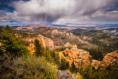 Storm clouds over Bryce Canyon (rdpe50) Tags: landscape ndfilter tripod longexposure rockformations sky clouds stormy brycecanyon utah usa