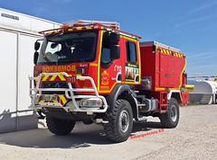 Bomberos Comunidad de Madrid (emergenciases) Tags: emergencias españa 112 comunidaddemadrid bomberos bomberoscomunidaddemadrid bomberoscm bfp bombaforestalpesada iturri renault vehículo camión truck pif horcajodelasierra lozoyuela