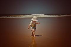 David 2012 (hobbit68) Tags: urlaub2012undanderes beach strand urlaub playa sand boy junge sohn sky meer holiday water wasser ozean spiegelung