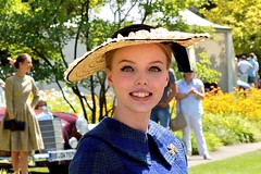 Schloss Dyck Classic Days 2018 (Aperture111-Thanks for 2 million+ views) Tags: sonyalpha65 portrait models vintagefashionshow modenschau schlossdyck classicdays2018