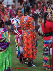 Orange costume. 2018 Squilax Powwow in the Shuswap, BC (clive_bryson) Tags: squilax shuswap britishcolumbia canada powwow native clivebryson costumes orange