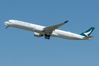 Cathay Pacific / A35K / B-LXC / LFBO 32L