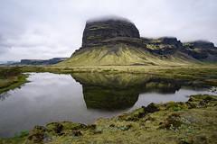 Lómagnúpur (hph46) Tags: island skaftárhreppur kirkjubæjarklaustur suðurland lómagnúpur iceland lake mountain reflection nature clouds sony alpha7r canonef1635mm14lisusm