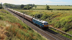Leaving Rugby (Duck 1966) Tags: 86259 lesross class86 backlit rugby electric wire