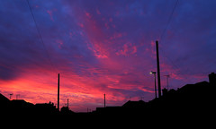 Suburban Sunset Sky (Treflyn) Tags: suburban sunset sky view road last night earley reading berkshire uk