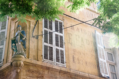 Aix-en-Provence (bautisterias) Tags: provence provenza aix aixenprovence france francia summer flowers fleurs fiori vangogh cézanne provençal southoffrance midi fontaines lavender lavande プロヴァンス 花