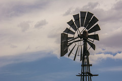 Waiting for wind (Len Langevin) Tags: windmill farm old abandoned sky alberta canada prairie nikon d7100 nikkor 18300