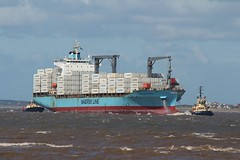 Maersk Northampton (das boot 160) Tags: maersknorthampton container boxboat ships sea ship river rivermersey port docks docking dock boats boat mersey merseyshipping maritime