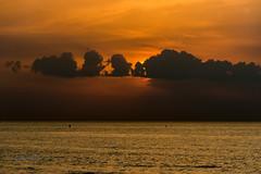 Invisible Steam Engine (ARTUS8) Tags: flickr nikond800 nikon28300mmf3556 meer wolken sonnenaufuntergang sonnenuntergang sunset