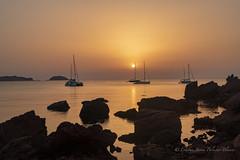 Atardecer en playa de Cavalleria. (estebanjvr) Tags: esmercadal illesbalears españa es menorca puestadesol sunshine crepúsculo mar mediterráneo cavalleria