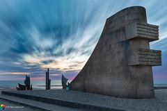 Omaha Beach Memorial (monzamarco) Tags: omaha dday normandie normandia france francia ocean lesbraves sea beach omahabeachmemorial sunrise