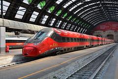 ETR 675-10 NTV (Maurizio Boi) Tags: ntv italo etr675 elettrotreno elettrotrenorapido treno train zug rail railway railroad ferrovia eisenbahn locomotiva locomotive italy