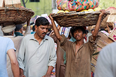 untitled-5069 (Liaqat Ali Vance) Tags: portrait people faces worker fruit market google working boy liaqat ali vance photography lahore punjab pakistan