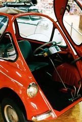 Heinkel Kabine Microcar, 1956-58 (mkk707) Tags: film analog wwwmeinfilmlabde leicam3 leitzsummicronmi5cmcollapsible bmw isetta vintagelens vintagefilmcamera vintagecar bokeh itsaleica technikmuseum sinsheim rangefinder germancameras germany kodakportra400