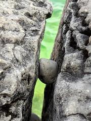 Indian Head Cove (jmaxtours) Tags: rock arockstuckinahardplace indianheadcove thegrotto tobermory tobermoryontario lakehuron georgianbay greatlake lake