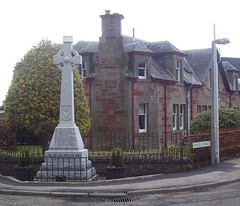 Maryburgh War Memorial, Maryburgh, March 2018 (allanmaciver) Tags: maryburgh war memorial ross shire scotland celtic cross street corner names lest we forget allanmaciver 1914 1918 1939 1945