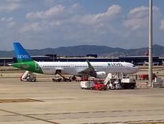 OE-LCR  BCN (airlines470) Tags: msn 6719 a321211 a321 a321200 level austria bcn airport ex air berlin as dabcr belair hbjow niki oelcr