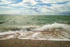 Seashore (Wargus) Tags: hoyand32 manualfocuslens thesolent isleofwight water hampshire leeonthesolent sea singleinchallenge smcpentaxa2450mmf4 pentaxk1 waves england unitedkingdom gb
