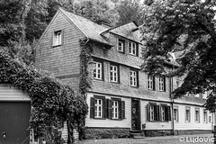 Monschau 2018 - 14 (Lцdо\/іс) Tags: monschau montjoie allemagne deutschland germany blackandwhite noiretblanc black white bw old oldcity town lцdоіс juillet 2018 july travel street rue strasse city citytrip