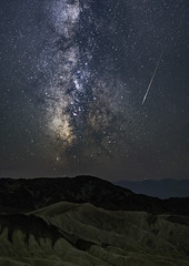 Falling Stars in Death Valley (Geoffrey Hunt Photography) Tags: night stars milky way milkyway astrophotography long exposure california death valley desert meteor falling star landscape
