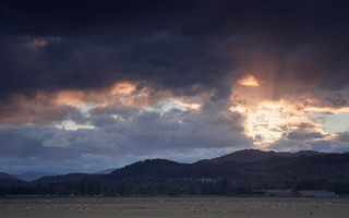 Crepuscular Rays, Strathearn