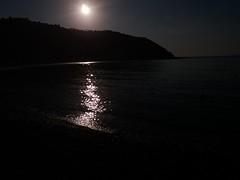 Giocare controluce (Masso70) Tags: pentaxflickrawards controluce sky sea summer