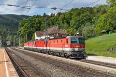 ÖBB 1144 060, 1144 201, 1144 085 en 1144 066 Breitenstein (Hans Wiskerke) Tags: breitenstein niederösterreich oostenrijk at