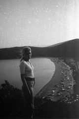 Mom 1973 (170818001) (francescoccia) Tags: blackwhite bw bn halfframe holidays dubrovnik jugoslavia 1973 portrait girl mother mom 40asa agfaisopanf agfa francescoccia analog analogue