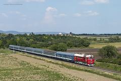 628 001 H-START (ex M62 001 MÁV) (...síneken a vonat) Tags: tekergő gyorsvonat 16907 személyvonat ablakosvonat záhony tapolca balaton északipart locomotive calatori feroviarul feroviar railline29 railline reilline railroad line29 bahn diesel dízel eisebahn lokomotive lugans m62 mozdony locationörvényes máv rail railway szergej teher tehervonat train trenur trenuri vasút vlacik vlak vlaky vonat m62001 628001start retrohétvége18072829 pelso örvényes tihany 628001