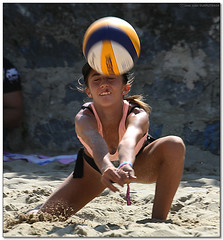 Volley Playa - 045 (Jose Juan Gurrutxaga) Tags: file:md5sum=c608462959176cd662f00a8b821e8863 file:sha1sig=ca86a4abf4148f3ed6c7811fbf91eba1f12c3e8d volley playa beach hondartza boleibol voleibol semana grande zurriola donostia