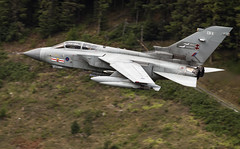 Panavia Tornado GR.4 (EB-X) (Dan Kemsley) Tags: royal air force raf low level mach loop roundabout cad west east exit bwlch snowdonia national park united kingdom dan kemsley panavia tornado gr4 wales