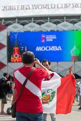 camino al estadio (chochera7) Tags: futbol football spartak stadium moscow 2018worldcup flag perú