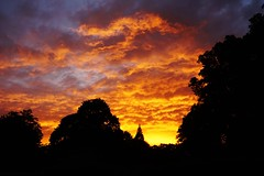 DSC07497 (olliethewino) Tags: bath victoriapark sunset clouds