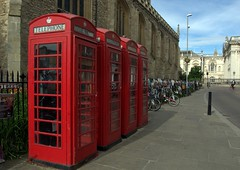 86.  What's in the box (Gon4Lunch) Tags: telephone box red cambridge bicycles
