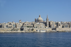 Valletta (Rudi Pauwels) Tags: malta valletta skyline blue bluesky bluewater churches building buildings city capital tele tamron tamron18270mm nikon d7100 nikond7100