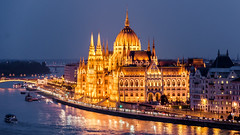 Budapest; Parliament (drasphotography) Tags: budapest hungary parliament architecture architektur danube ungarn donau parlament reflection reflektion drasphotography nikon d7k dusk blue hour blaue stunde travel travelphotography urban city cityscape romantic boats reisefotografie
