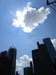 2018 August Luminous Clouds and No Virtual Clock 7061 (Brechtbug) Tags: 2018 august luminous clouds virtual clock tower turned off from hells kitchen clinton near times square broadway nyc 08092018 new york city midtown manhattan spring springtime weather building dark low hanging cumulonimbus cumulus nimbus cloud june hell s nemo southern view ny1