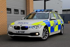 Durham Constabulary BMW 330d Touring Roads Policing Unit Traffic Car (PFB-999) Tags: durham constabulary police cdsou bmw 330d 3series touring estate roads policing unit rpu traffic car vehicle lightbar grilles leds lj67emf