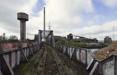 Theme park (Left in the Lurch) Tags: urbex abandoned industry