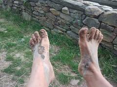 Descalzo con barro en el Camino de Santiago (VIVE DESCALZO) Tags: descalzo barefoot barefooter barfus