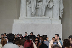 Modern Rituals (Blinking Charlie) Tags: lincolnmemorial tourists selfies crowd washingtondc usa 2017 sonydscrx100m3 blinkingcharlie interior