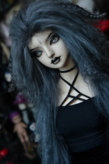 Ophi with new horns (Mientsje) Tags: resinsoul chun bjd ball jointed doll mohair wig gothic dark sd