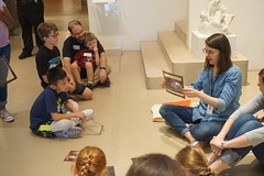 Family Workshop, 2018.8 (Center for Creative Connections) Tags: dallasmuseumofart dma families family workshops class kids fun creativity art artmaking frames gold gallery studio