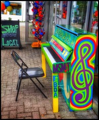 Open invitation... (Sherrianne100) Tags: streetphotography colorful emptychair chair piano brunswickmaine maine