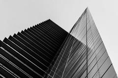 Hochhaus Frankfurt (maik_sen) Tags: hochhaus frankfurt scyscraper ffm architektur architecture blackwhite black white reflexion reflection geometrie geometry linien lines perspektive perspective