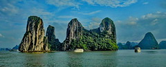 Halong Bay (gerard eder) Tags: world travel reise viajes asia southeastasia vietnam northernvietnam halong halongbay landscape landschaft paisajes panorama mountains montañas berge gebirge sea seascape boats boote barcas natur nature naturaleza outdoor